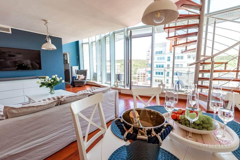 Międzyzdroje Apartament Promenada Gwiazd 28/1001 - salon w apartamencie blisko morza
